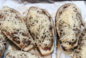 Stuffed eggplant baked - cheese