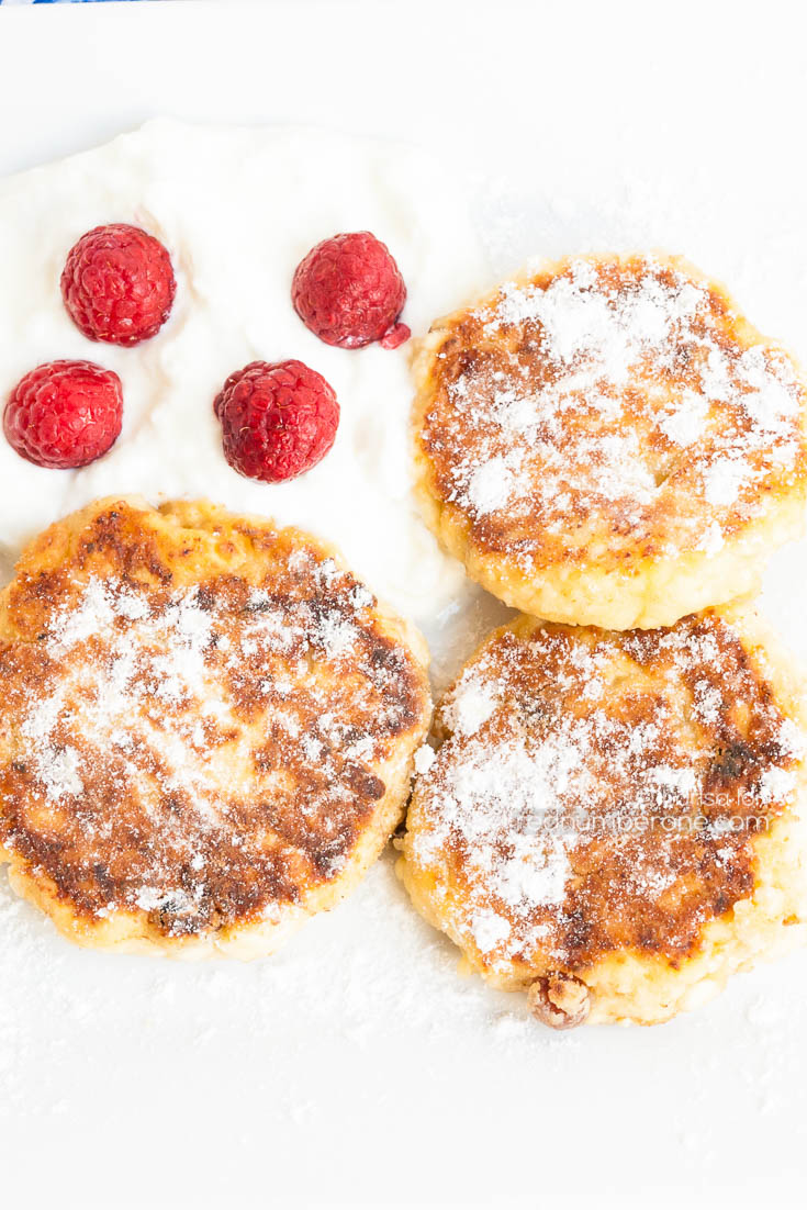 Syrniki – Russian Cottage Cheese Pancakes