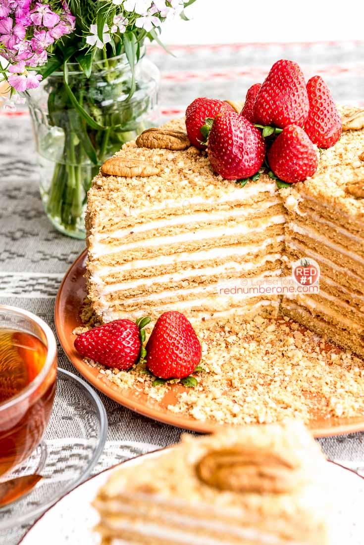 Торт «Медовик», традиционный рецепт